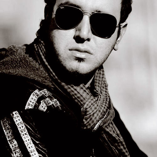 Amin Rostami Inghad Toro Doos Daram - دانلود آهنگ امین رستمی به نام اینقدر تو رو دوست دارم